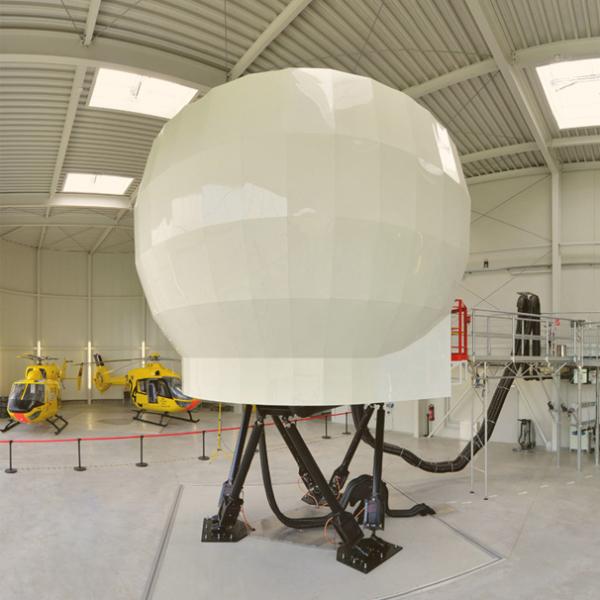 Foto des Flugsimulator in der ADAC HEMS Academy in Bonn Hangelar